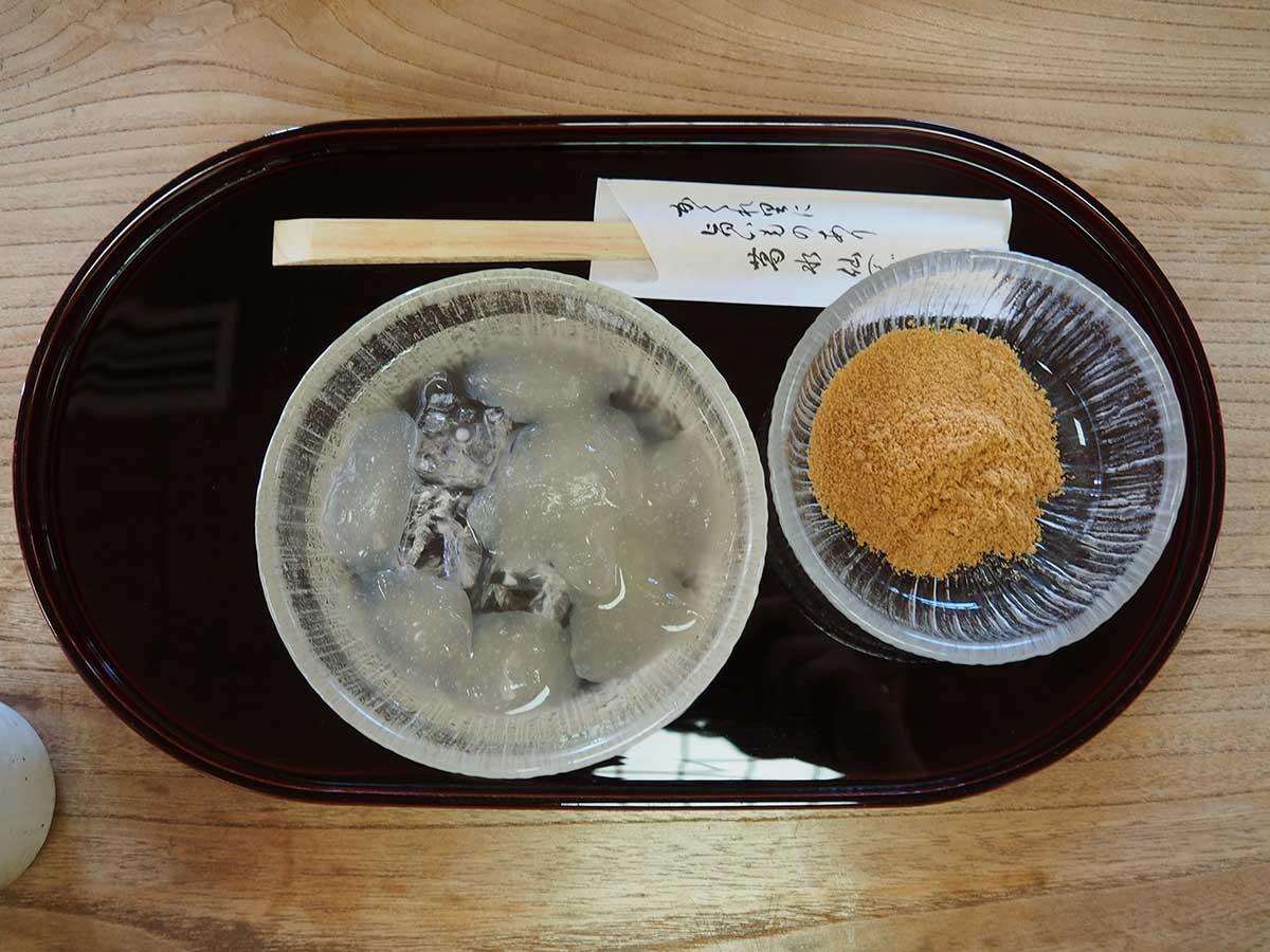 Kudzu mochi / 葛餅