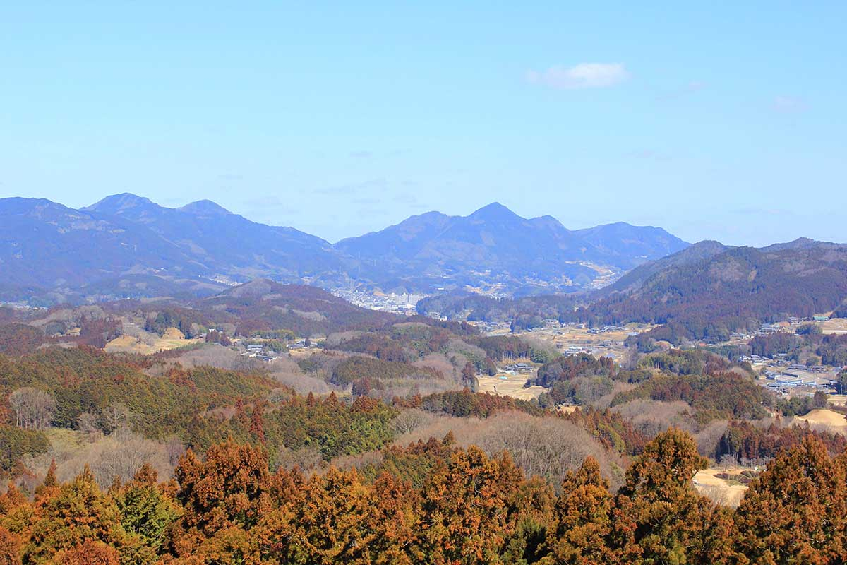 View from Uda-Matsuyama Castle Ruin / 宇陀松山城跡からの眺め